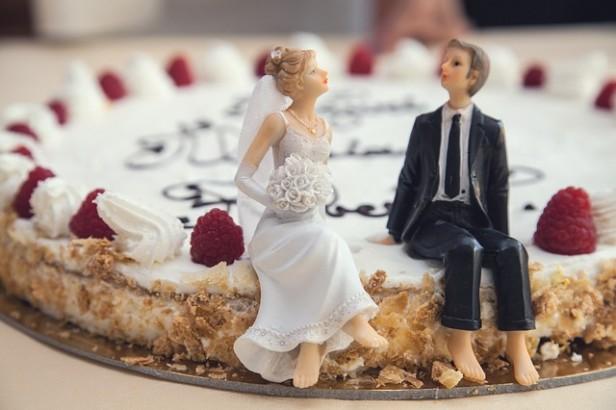 wedding-cake-407170_640