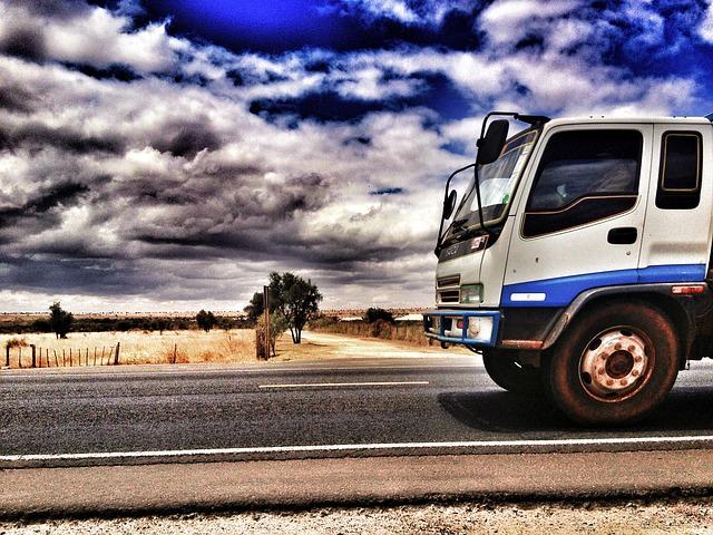 truck-509467_640