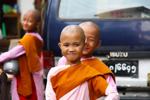 buddhist-525261_640
